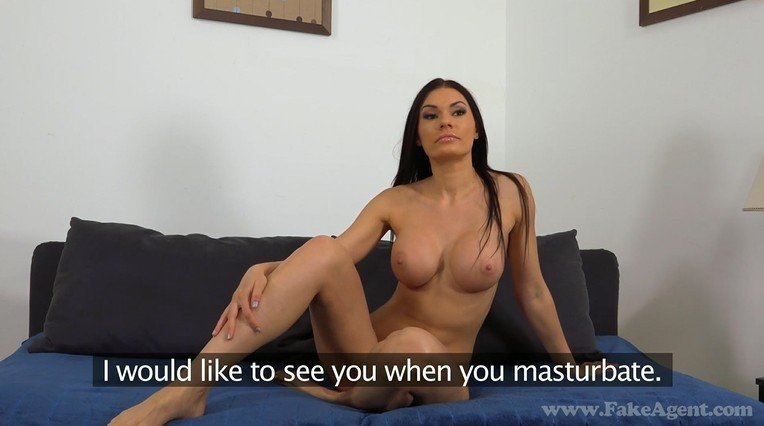 Gorgeous milf on porn casting