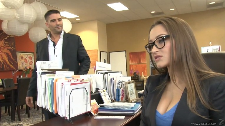 Hot Milf Dani Daniels Real Estate Agent