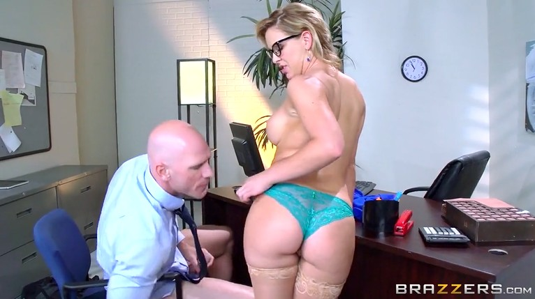 Mature boss in stockings wants to fuck her employee