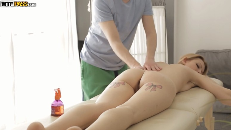 Blonde MILF takes anal relaxation massage